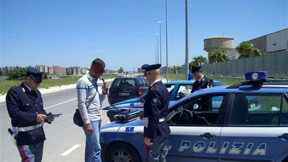 Rubano Un 39 Auto Ma Vengono Bloccati Sulla Palermo Catania