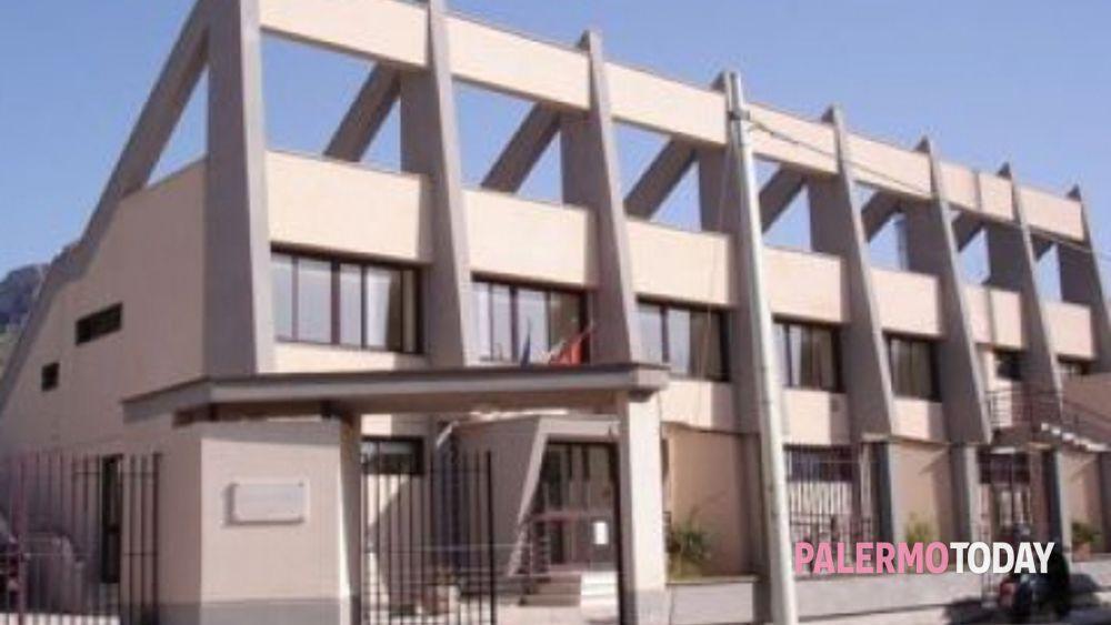 Piscina comunale terrasini il bilancio 2013 - Piscina chiusa sclafani ...