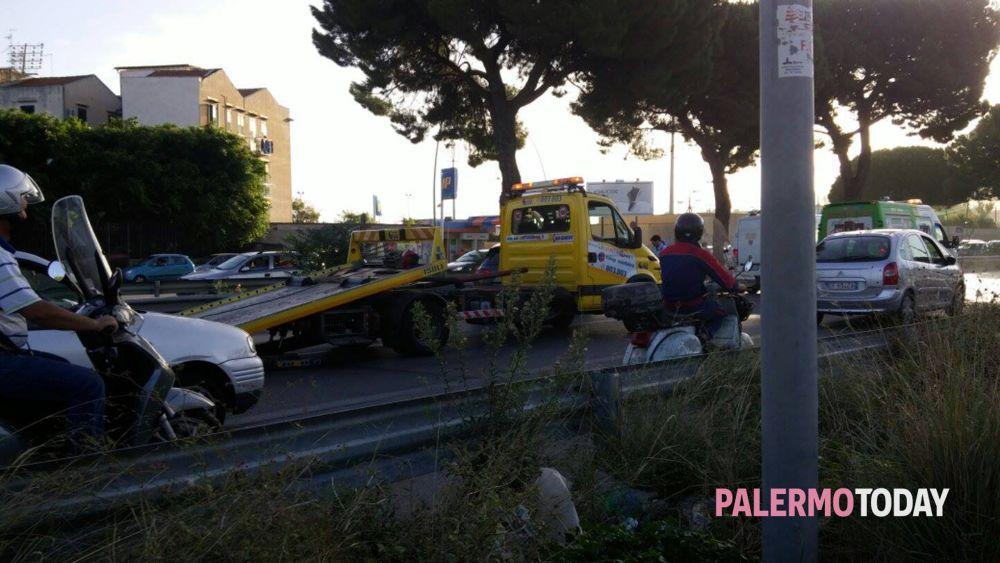 Incidente in viale Regione ed871805e096