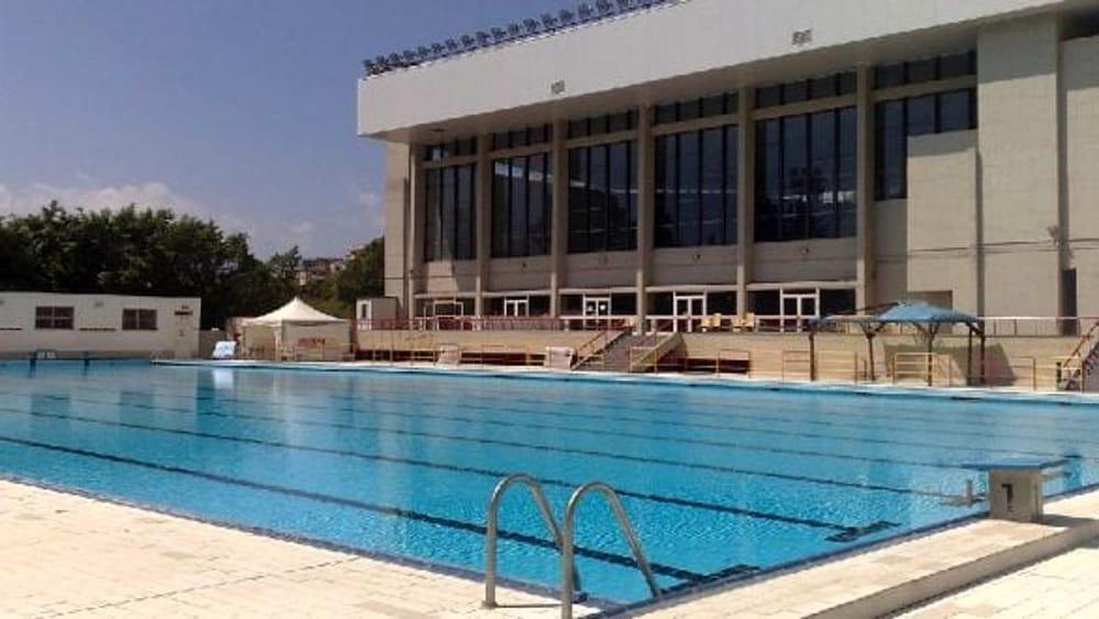 Sport alla piscina comunale la prima festa dell acqua - Piscina chiusa sclafani ...