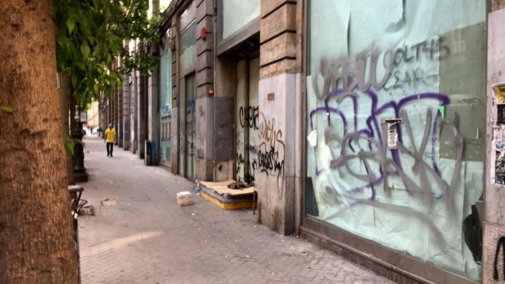 """Confcommercio lancia l'Sos: """"In via Roma un cimitero di ..."""